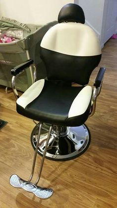 My salon chair that I ordered :)