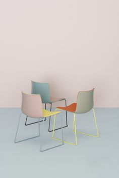 Arper celebrates the enduring potential of the #Catifa family taking the bicolor customizations to a new level of contrast and curation. Originally designed in 2004 for contract and big space use, Catifa 46 retains the same slim profile, but, new for #MDW2016, will be available in an updated range of a soft yet complex palette: rosé, petrol, yellow, ivory and smoke.