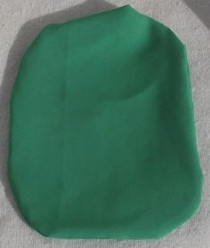 Stoma Cover made of Softtouch Crepe Very light and I don´t feel the fabric while wearing Colour: Emerald Green Material: Polyester I wear this covers with Coloplast SenSura Mio 1 Piece trainable and closed. Emerald Green, Cover, Fabric, Tejido, Tela, Cloths, Fabrics, Tejidos