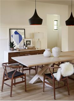 Dark brown wishbone chairs dining room via Nam Dang-Mitchell Design 331 – Interior design Photo Gallery Dining Room Design, Dining Room Chairs, Dining Furniture, Dining Rooms, Calgary, White Oak Dining Table, Wood Table, Minimalist Dining Room, Dining Room Inspiration