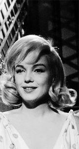 |•Bronte|•21|•Canadian Marilynette|