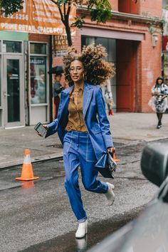 35 Street Style Snaps To Inspire Your Fall Wardrobe (because im addicted) Bold Fashion, Denim Fashion, New York Fashion, Fashion Trends, Street Fashion, High Fashion, Mode Outfits, Casual Outfits, Elaine Welteroth
