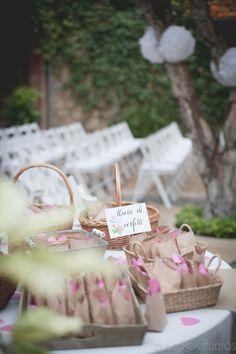 Wedding planner Barcelona www.bodasdecuento.com  #labodadeireneydavid Foto de Dulcinea Studios