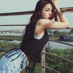 Pony Korean, Korean Girl, Korean Beauty, Asian Beauty, Park Hye Min, Pony Makeup, Sacs Louis Vuiton, Ninja Girl, Popular Girl