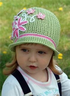 Just oboldenno beautiful princess and cute hat ..  Talk to LiveInternet -