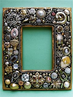 """Great idea for repurposing unused """"stuff"""" Costume Jewelry Crafts, Vintage Jewelry Crafts, Mosaic Crafts, Mosaic Art, Mosaic Mirrors, Jewelry Frames, Jewelry Art, Photo Mosaic, Beads Pictures"""