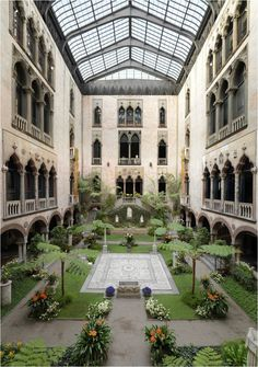 Courtyard of the Isabella Stewart Gardner Museum in Boston, Massachusetts. The Places Youll Go, Places To Visit, Gardner Museum, The Gardner, Boston Museums, Casa Patio, To Infinity And Beyond, New England, Vermont