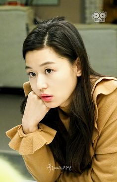 Legend of the blue sea. Jeon ji hyun. Lee min ho. Simchung. Simcheong. Jun ji hyun. Heo jun jae. Heo joon jae. Kim dam ryeong. Popular korean drama 2016