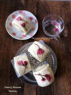 Cuisine Paradise | Singapore Food Blog - Recipes - Food Reviews - Travel:  - Cherry Blossom Mantou