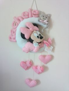 Minnie Mouse Pinata, Minnie Baby, Baby Disney, Craft Stick Crafts, Felt Crafts, Diy And Crafts, Baby Shawer, Baby Toys, Unicorn Doll