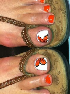 Sandal season or not, your toes should always look impeccable! These 55 cute toe nail designs will inspire you to reach for the closest nail polish bottles. Cute Toe Nails, Fancy Nails, Toe Nail Art, Love Nails, Pretty Nails, My Nails, Hair And Nails, Dream Nails, Pretty Toes