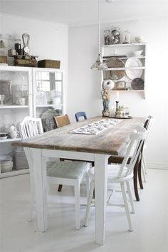 Rustikt langbord... www.laurineliving.dk