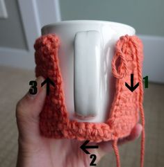 All About Ami - Cup Cozy Tutorial - Not sure what to do with that extra yarn! Make a coffee cup cozy!Cup Cozy Tutorial After making these amigurumi cups, I thought I'd try my hand at making some actual cup cozies since I love drinking tea. Crochet Coffee Cozy, Crochet Cozy, Crochet Gifts, Cute Crochet, Crochet Designs, Crochet Patterns, Confection Au Crochet, Crochet Kitchen, Yarn Crafts