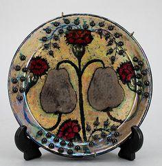 BIRGER KAIPIAINEN, Vati, fajanssia, sign. Kaipianen, Arabia. 1970-luku. Pottery Plates, Ceramic Plates, Ceramic Art, Plates And Bowls, Nordic Design, Confused, Metallica, Finland, Scandinavian