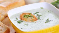Brokolicový krém se sýrem. Také jste spříchodem zahrádkářské sezony dostali neodolatelnou chuť experimentovat sčerstvou zeleninou? Vrhněte sespolu snámi dokrémových polévek. Amůžete začít třeba sbrokolicovým krémem.