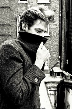 """John Krasinski - """"You being all mysterious with your cheekbones and turning your coat collar up so you look cool."""" XD"""