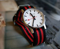"Mondaine watch + ""Bond"" nato strap by Tomas Possenti"