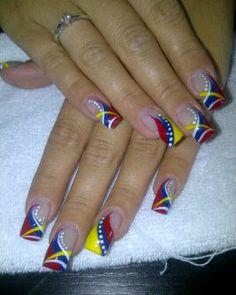 Bandera de Venezuela Flag Nails, Football Nails, Finger, Body Art Tattoos, Pedicure, Nail Art Designs, Acrylic Nails, Make Up, Beauty