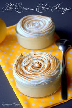 Petite crème au citron meringuée