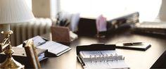 """O escritório é especialista em Direito Empresarial e entende a importância da assessoria corporativa para a empresa. Em recente pesquisa do SEBRAE 32% das micro e pequenas empresas não permanecem em atividade após os dois primeiros anos de existência"""". Inúmeras são as razões do insucesso e dentre elas podemos destacar: prevenção contra demandas judiciais, segurança negocial, defesas judiciais e a imprescindibilidade da assessoria jurídica para o crescimento do Pequeno Empresário."""