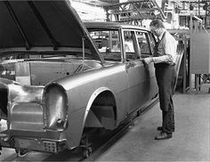 Mercedes-Benz 600 - W100 Handmade Production Assembly Line - Production Plant