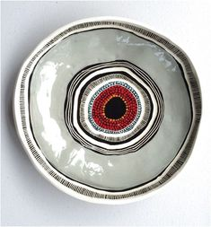 If you are looking for a cheap and creative way to add color and life into your interior, then look no further than ceramic plates. Rather than turning to expensive art pieces and portraits, you ca… Pottery Plates, Glazes For Pottery, Ceramic Pottery, Pottery Art, Ceramic Clay, Ceramic Painting, Ceramic Plates, Pottery Painting Designs, Pottery Designs