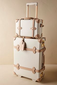 New Travel Luggage Vintage Baggage Ideas Cute Luggage, Best Luggage, Vintage Luggage, Carry On Luggage, Luggage Sets, Travel Luggage, Luxury Luggage, Kids Luggage, Vintage Travel