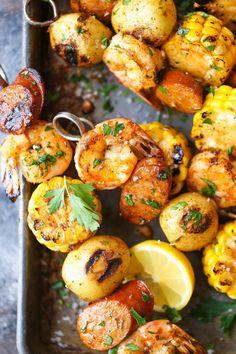 10 Simple Summer Recipes You Need - Shrimp Boil Kabobs – The classic shrimp boil is transformed into the tastiest kabobs yet! Can be - Kabob Recipes, Grilling Recipes, Seafood Recipes, Cooking Recipes, Drink Recipes, Dinner Recipes, Antipasto, Barbecue, Shrimp Kabobs