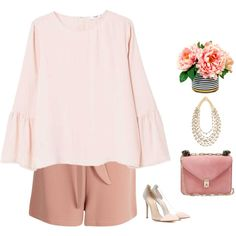 A fashion look from March 2017 featuring MANGO blouses, Boohoo shorts and Gianvito Rossi pumps. Browse and shop related looks.