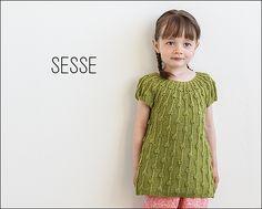 Sesse from Knits for Little Scamps 2 - an 11 pattern ebook of kids knits / På dansk i bogen Strik til Banditter