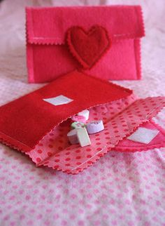 Valentine's Day felt and fabric treat envelopes.