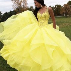Yellow Prom Gown, Long Prom Dresses,2018 Ball Gown,V-Neck Sleeveless Prom Gown M3009