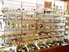 サンプルを見ながら何を食べようか考えるその時間がワクワクして楽しいんです。マルカンデパート大食堂