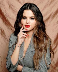 Selena Gomez x iHeart Radio. Selena Gomez Latest, Selena Gomez Fotos, Selena Gomez Cute, Selena Gomez Style, Selena Gomez Nails, Selena Gomez 2019, Selena Gomez Photoshoot, Fangirl, Foto Fashion