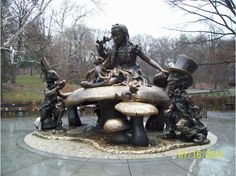 Alice in Wonderland Statue, Central Park Statues, New York City Central Park, Garden Sculpture, Lion Sculpture, Outdoor Sculpture, Roadside Attractions, Geocaching, Through The Looking Glass, Yorkie