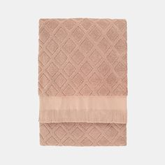 Antique Rose Bath Towel | dotandbo.com