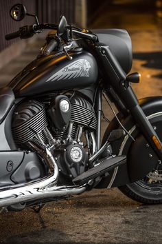 Indian Motorcycle presents the Indian Chief Dark Horse, a stealthy member to the Chief line-up and first 2016 model. My dream bike which I will own soon enough god willing Triumph Motorcycles, Indian Motorcycles, Indian Motorbike, American Motorcycles, Cool Motorcycles, Ducati, Harley Davidson, Bobbers, Indian Dark Horse