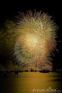 fogos de artificio dourados vancover