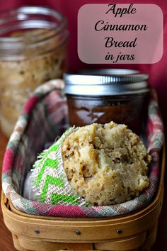Apple Cinnamon Bread in Jars:  Love these little loaves...baked in mason jars in your crockpot! Thanks to @ott_a for sharing.
