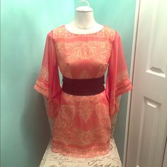 Ark & Co kimono boutique style dress Absolutely stunning dress!! Kimono style coral/pink colored dress with paisley print and a wrap around belt and a keyhole back. Very pretty and boho. Size small, and could fit a medium as well. New with tags! Ark & Co Dresses