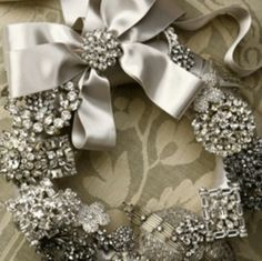 Jewelry wreath - must make for next year. Classy and elegant.