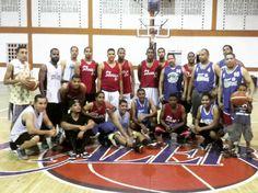 Los amigos del #JaraguaClub visitan a Puros #Jaraguenses para duelo de baloncesto y sancocho