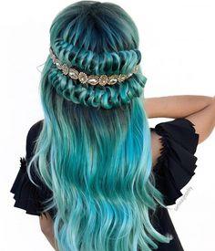 amazing mermaid hair looks Red Hair With Blonde Highlights, Ombre Blond, Red Blonde Hair, Purple Hair, Ombre Hair, Turquoise Hair, Neon Hair, Violet Hair, Dye Hair