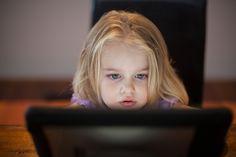 Telewizja i tablet dla dziecka - nowe wytyczne