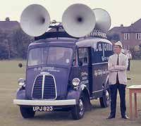 Morris J Type sound van Classic Trucks, Classic Cars, Old Lorries, Panel Truck, Civil Aviation, Custom Vans, Commercial Vehicle, Car Audio, Old Cars