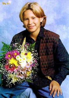 look, it's jtt <3 and he has some flowers for you