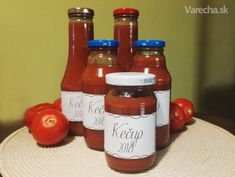 Domáci kečup (fotorecept) - Recept Hot Sauce Bottles, Ale, Kitchen, Cooking, Ale Beer, Home Kitchens, Kitchens, Ales, Cucina
