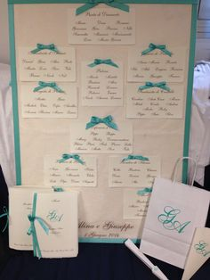 Tableau Mariage tiffany Style con carta Amalfi è coordinato libretto messa, menù, Wedding bag, conetto riso e ventaglio.