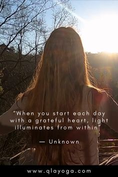 """""""When you start each day with a greatful heart, light illuminates from within"""" Wonder Quotes, Each Day, Grateful Heart, Yoga Quotes, Morning Quotes, I Hope You, Awakening, Instagram Story, Mindfulness"""