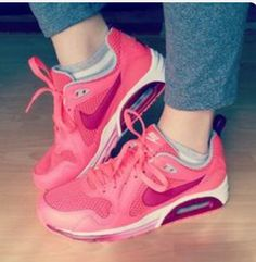 best authentic 1dcd2 b8577 Air Max Sneakers, Shoes Sneakers, Sneaker Heels, Skechers, Nike Air Max,